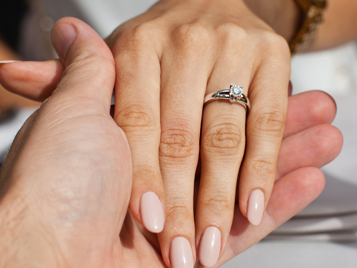 10 Best Engagement rings under $1000 11