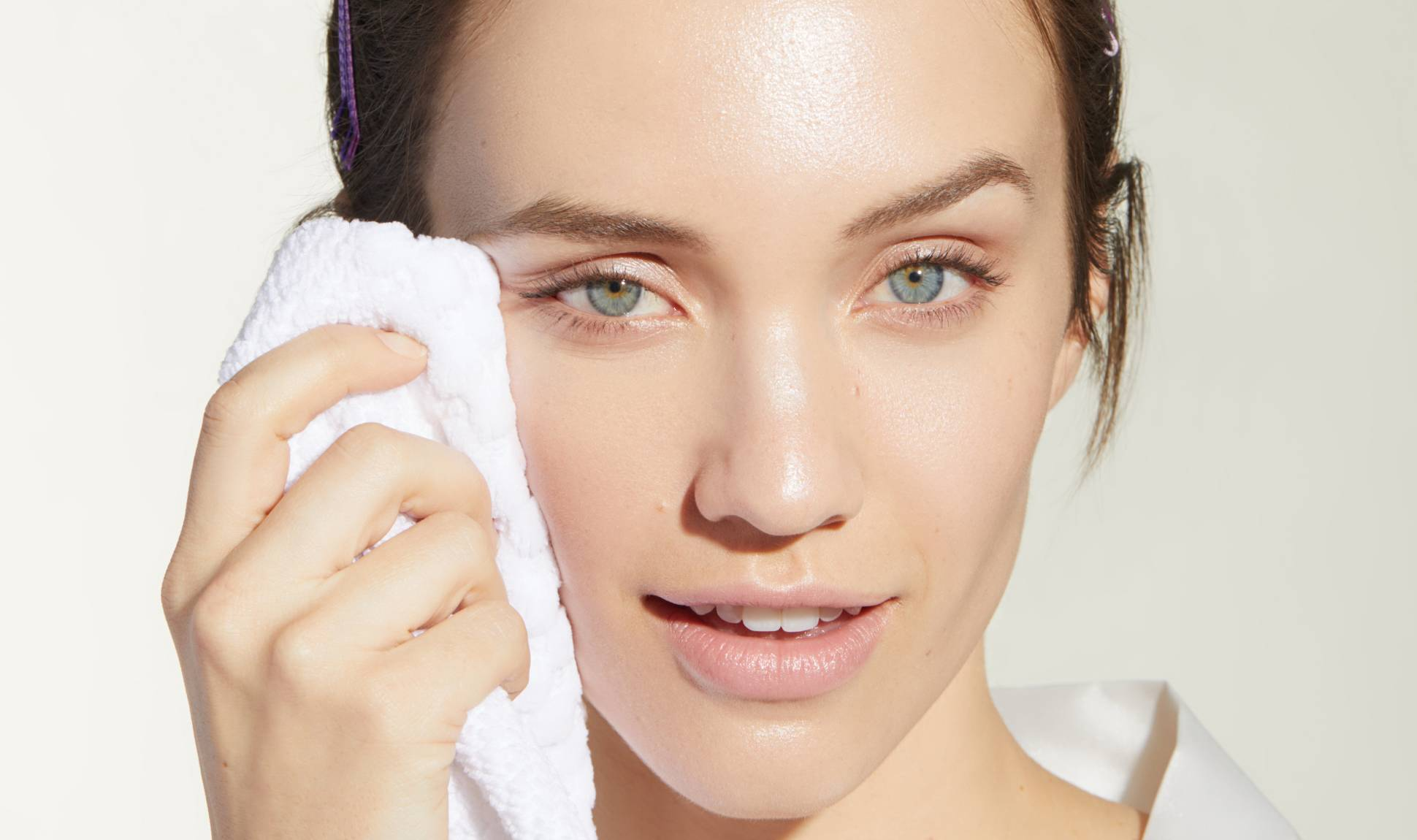 5 Best Face wash for Acne Prone Skin & Oily Skin-Women! 3