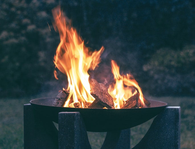 6 Best Cheap Outdoor Fire Pits [2020 Buying Guide] 3